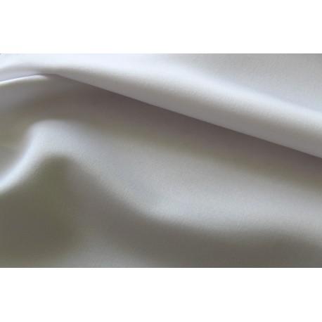 Biały 423 - Lekko nabłyszczany